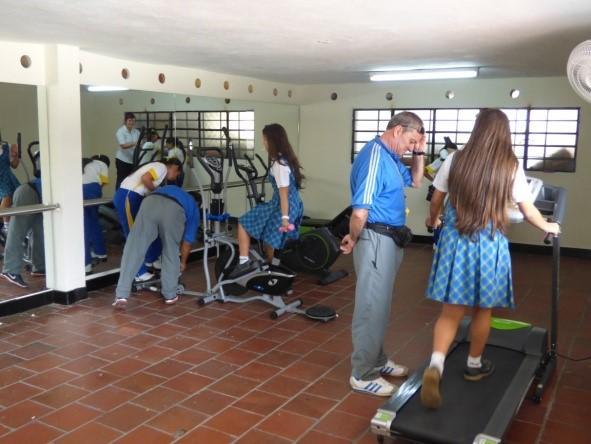 Colegio de la salle bogota colombia web for Gimnasio femenino
